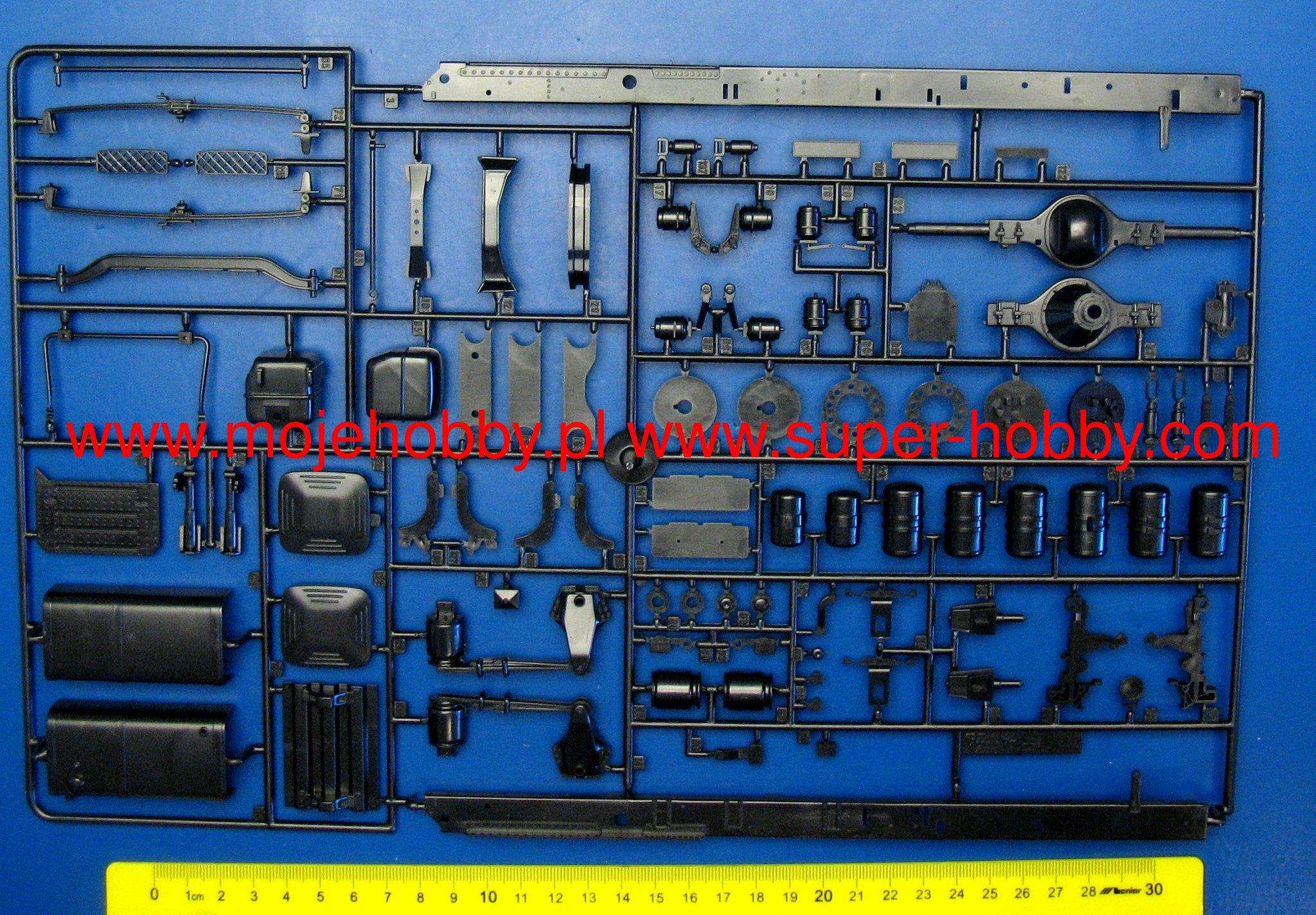 Neu Italeri 3922-1//24 Scania 164L Topclass